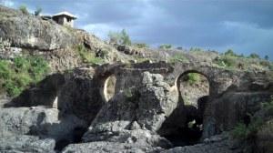portugiesische Brücke 00s